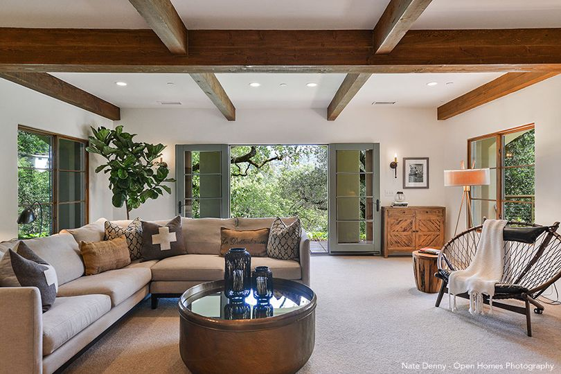 Stephen Curry's Family Room