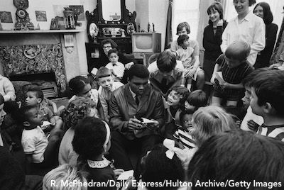 Muhammad Ali With Kids In London