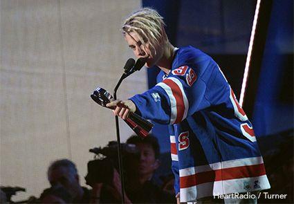 Justin Bieber In Gretzky Starter Jersey