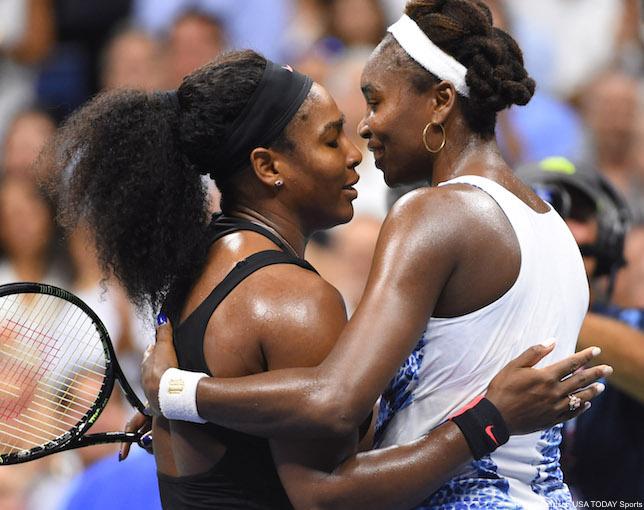 Serena And Venus Williams Hug