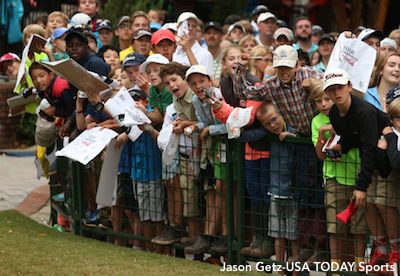 Kids Wait For Jordan Spieth