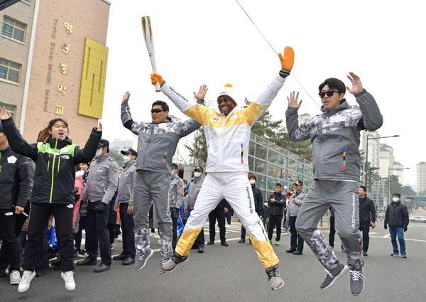 Seun Adebiyi Jumping