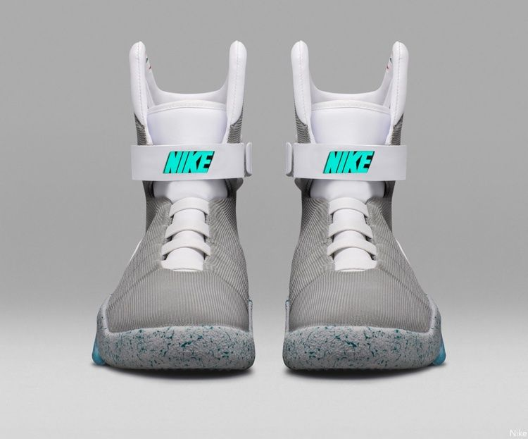 Nike Mag Front