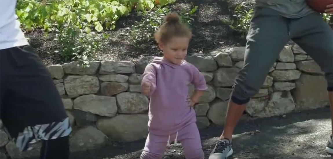 Jeremy Lin Does Nae Nae With Riley Curry