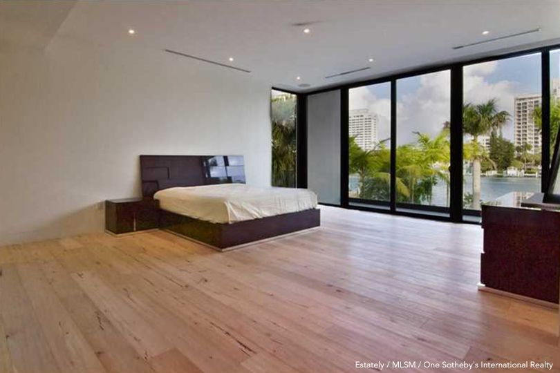 Floyd Mayweather's Bedroom
